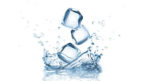 Benarkah Air Es Mempercepat Perkembangan Janin?