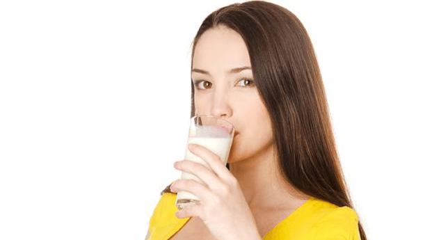 Apakah Nutrisi Ibu Hamil dapat Diperoleh dengan Minum Susu? | Prenagen